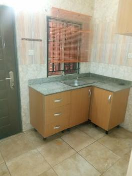 Clean 2 Bedroom En Suite Flat, Off Kusenla, Ikate Elegushi, Lekki, Lagos, Flat for Rent