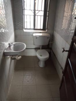 Renovated 3 Bedroom Upstairs, Off Durojaiye Street, Lawanson, Surulere, Lagos, Flat for Rent