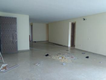 Luxury Built with Excellent Facilities, Lekki Phase 1, Lekki, Lagos, Flat for Sale