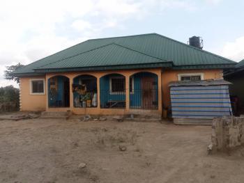Dynamic Semi Detached Bungalow, Udu Road, Udu, Delta, Semi-detached Bungalow for Sale