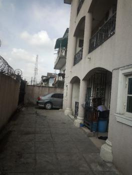 Executive and Super 2 Bedroom, Off Ishaga Road Via (luth), Ojuelegba, Surulere, Lagos, Flat for Rent