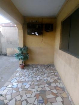 Clean Mini Flat with Carpark, Off Aborisade Street, Lawanson, Surulere, Lagos, Mini Flat for Rent