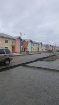 3-bedroom Tastefully Finished Deluxe Maisonette with Spacious Living Room Area, All Rooms-en Suite with Additional Guest Toilet., Abijo Gra, 4 Minutes From The Expressway Close Proximity to Lekki Hotel and Suites, Lekki British International School, Green Spring School, Shoprite and Lots More, Lekki, Lagos, House for Sale