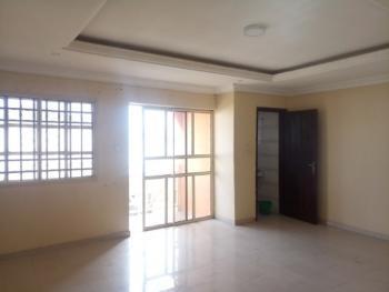 Self Serviced 3 Bedroom Flat Ensuite - Upstairs, Idado, Lekki, Lagos, Flat for Rent