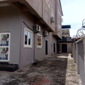 a Clean and Spacious Modern Ensuites 3 Bedroom Flat, Akoka, Yaba, Lagos, Flat for Rent