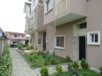Well Maintained 4 Bedroom Self Serviced Town House with All Room En-suite, 2 Parking Space and Servants Quarters, Agungi, Lekki, Lagos, Terraced Duplex for Rent
