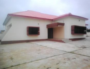5 Bedroom Bungalow with a Bq, Omu-aran Road, Adewole Estate,, Ilorin South, Kwara, Detached Bungalow for Rent