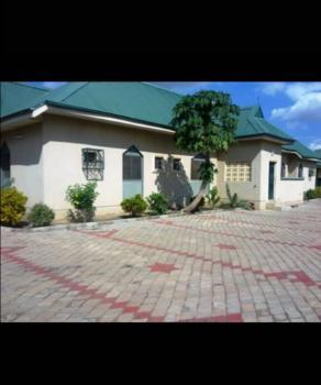 6 Bedroom Bungalow, Kaduna North, Kaduna, Detached Bungalow for Sale