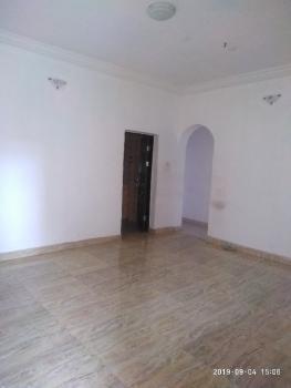 Lovely 2 Bedroom, Mutual Estate, Iponri, Surulere, Lagos, Flat for Rent