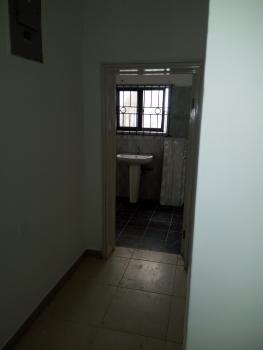 a Superbly Finished Mini Flat, Second Round About, Lekki Phase 1, Lekki, Lagos, Mini Flat for Rent