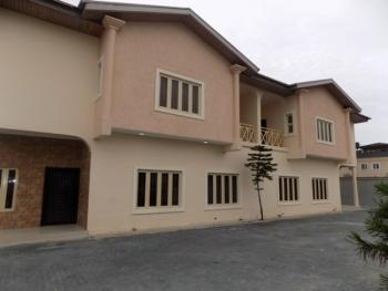 Massive Spacious 4 Bedroom Semi Detcahed Duplex with Bq, 2nd Roundabout, Lekki Phase 1, Lekki, Lagos, Semi-detached Duplex for Rent