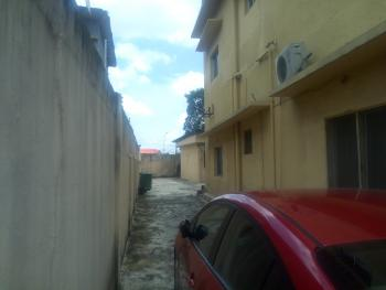 10 Rooms Office Space with Bq at Yaba, Sabo, Yaba, Lagos, Office Space for Rent