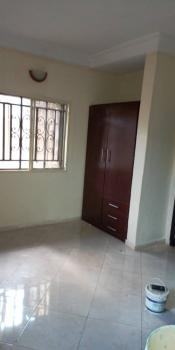 Lovely 2 Bedroom Flat, Gbagada, Lagos, Flat for Rent
