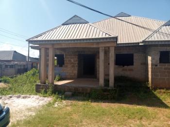 4 Bedroom Bungalow and Bq, Pz , Sapele Road, Benin, Oredo, Edo, Detached Bungalow for Sale