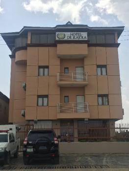 Luxury Boutique Hotel, Block 24, Plot 8 Bola Ahmed Tinubu Road 10 Family Oshanmi Estate Along Lekki Epe Express Way Opp.abraham Adesanya Junction, Ajah, Nigeria, Ibeju Lekki, Lagos, Hotel / Guest House for Rent