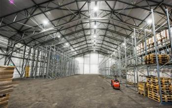 a Warehouse, Olusegun Obasanjo Road, Akure, Ondo, Commercial Property for Rent