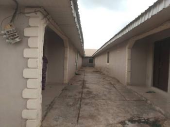 5 Unit of 2 Bedrooms on Over 1 Plots of Land, Benin Garage Ado Road Akure North Local Government., Akure, Ondo, Block of Flats for Sale