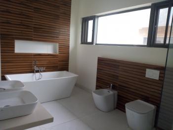 Exquisite 5 Bedroom Town House + Bq, Off Admiralty Way, Lekki Phase 1, Lekki, Lagos, Terraced Duplex for Sale