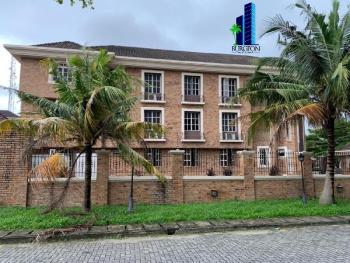 Best 3 Bedrooms Flat, Off Babatunde Anjous Street, Lekki Phase 1, Lekki, Lagos, Flat Short Let
