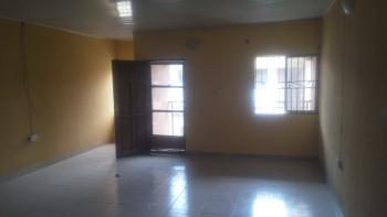 Massive 3 Bedroom Upstairs, Maruko Off Mobil Road, Ilaje, Ajah, Lagos, Flat for Rent
