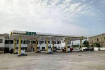 Massively Built Mega Filling Station, Lekki Expressway, Lekki, Lagos, Filling Station for Sale