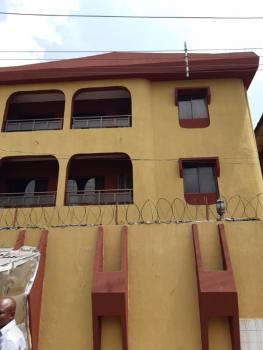 a Fairly Used and Spacious 3 Bedroom Flat, Onipanu, Shomolu, Lagos, Flat for Rent