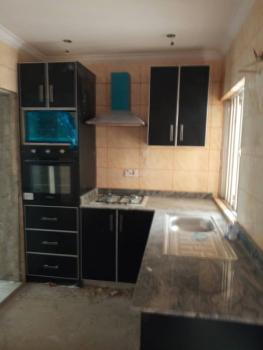 Executive 3 Bedroom Flat, Alagomeji, Yaba, Lagos, Flat for Rent