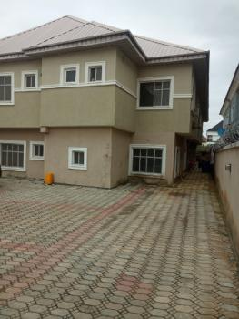 Neat and Spacious 3 Bedroom Flat, Ologolo, Lekki, Lagos, Flat for Rent
