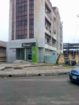an Office Complex with Penthouse on 3 Floors, Apapa Wharf, Apapa, Lagos, Plaza / Complex / Mall for Sale
