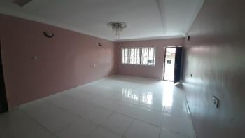 2-in-compound & Spacious 3 Bedroom Flat (top Floor), Lekki Phase 2, Lekki, Lagos, Flat for Rent