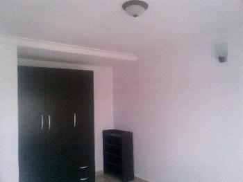 a Room Bq, Co-op Lag Estate, Lafiaji, Lekki, Lagos, Self Contained (single Rooms) for Rent