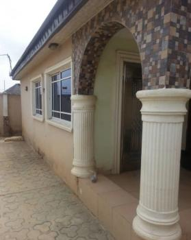 3 Bedroom Bungalow  at  Oluyole Extension, Ibadan, Oluyole Extension, Ibadan, Oyo, Detached Bungalow for Sale