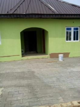300 Seaters Hall, Ogunlewe Avenue Off Baiyeku Road, Igbogbo, Ikorodu, Lagos, Church for Sale