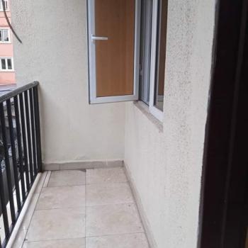 Lovely 3 Bedroom Flat, Akoka, Yaba, Lagos, Flat for Rent