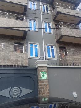 1 Bedroom Flat with Kitchen, 2 Toilets, 86 Herbert Macaulay Street Yaba, Adekunle, Yaba, Lagos, Mini Flat for Rent