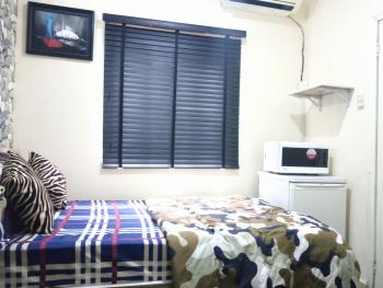 The Gulliver Rose, Prime Water View Estate, Lekki Phase 1, Lekki, Lagos, Self Contained (single Rooms) Short Let