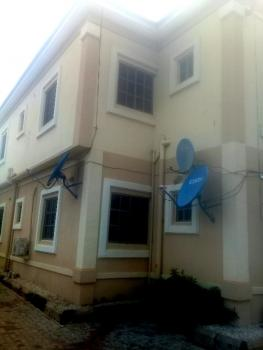3 Bedroom Flat (upstairs), Golf Course Road Old G.r.a, Benin, Oredo, Edo, House for Rent