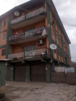 a Fairly Used and Spacious 3 Bedroom Flat, Shomolu, Onipanu, Shomolu, Lagos, Flat for Rent