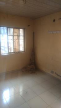 Good 2 Bedroom Flat, Off Iwaya Road., Onike, Yaba, Lagos, Flat for Rent