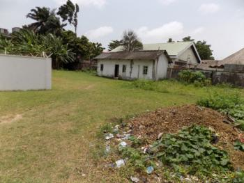 Very Large Land Gated with a 3 Bedroom Bungalow on 3300sqm, Old Ikoyi, Ikoyi, Lagos, Detached Bungalow for Rent