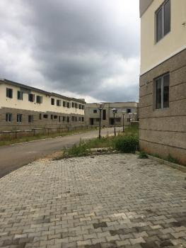 3bedrooms Flat, Brains and Hammers City Estate, Life Camp, Gwarinpa, Abuja, Flat for Sale
