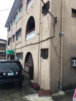 Spacious 3bedroom Flat, Abayomi Street, Akoka, Yaba, Lagos, Flat for Rent