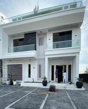 Brand New Beautifully Built Five(5) Bedroom Family Home with R of O Lounge Overlooking The Lagoon., Pinnock Beach Estate,, Lekki, Lagos, Detached Duplex for Sale
