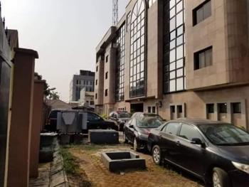 Office Building 5 Storey on 3500sqm, Victoria Island (vi), Lagos, Plaza / Complex / Mall for Sale