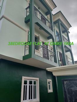 Decent 3 Bedroom Flat, Onike, Yaba, Lagos, Flat for Rent