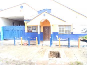 Massive Land, Filling Station, Shopping Complex, Kobongbogboe Ikirun Rd, Olorunda Lga, Osogbo, Osun State, Osogbo, Osun, Mixed-use Land for Sale