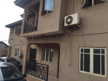 Luxury 3bedroom Flat, Omoniyi Street,off Unity Close,shangisha, Gra, Magodo, Lagos, Flat for Rent