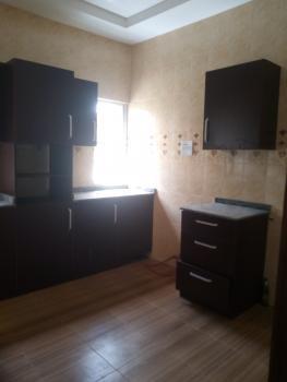 Clean and Spacious 3 Bedroom Upstairs, Blenco, Sangotedo, Ajah, Lagos, Flat for Rent