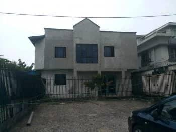 Commercial House Formally Used As Banking Hall, Along Muri Okunla Street, Victoria Island (vi), Lagos, Detached Duplex for Sale