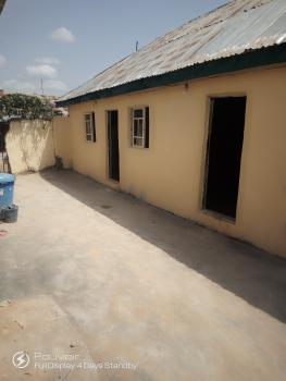 Luxurious Self-contained Room, 5 Erohim Street, Jahi, Abuja, Flat for Rent